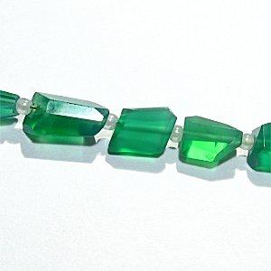 《宝石質》 グリーンオニキス (AAA) タンブルカット 5.5-10X5.3X4.8mm 【1個】