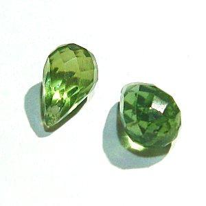 《宝石質》 グリーンアパタイト (AAA) ドロップ ブリオレットカット6-6.5X4X4mm 【2個】 《穏やかに自己表現する能力を与える石》