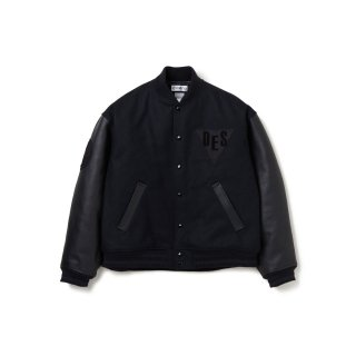 <img class='new_mark_img1' src='https://img.shop-pro.jp/img/new/icons1.gif' style='border:none;display:inline;margin:0px;padding:0px;width:auto;' />DELUXE × EVISEN Varsity JKT
