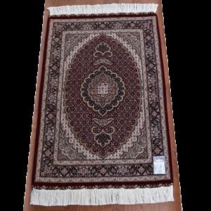 ペルシャ絨毯 タブリーズ産 約123x84cm