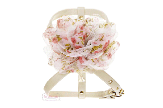 ROMANTIC ROSE HARNESS CREAM【for pets only】<img class='new_mark_img2' src='https://img.shop-pro.jp/img/new/icons11.gif' style='border:none;display:inline;margin:0px;padding:0px;width:auto;' />