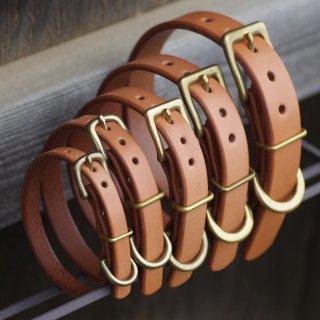 厚い一枚革の首輪