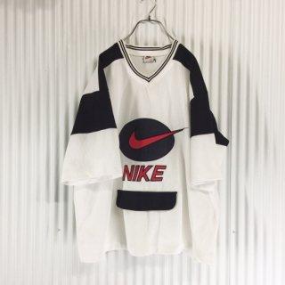 NIKE(ナイキ)ロゴ刺繍 モノトーンゲームシャツ 半袖