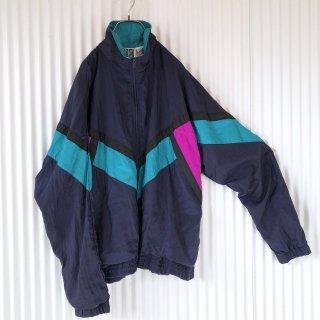 切り替えカラーデザインナイロンジャケット