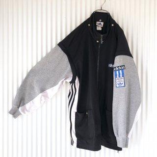 adidas トレフォイルワッペン 袖スウェットジャージ