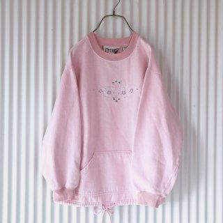 フラワー刺繍ピンクスウェット