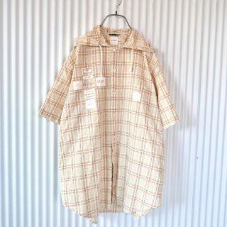 Karl Helmut バックロゴ×ワッペンたくさんシャツフーディ
