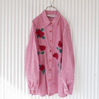 ローズモチーフ ギンガムチェックシャツ