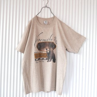 <img class='new_mark_img1' src='https://img.shop-pro.jp/img/new/icons13.gif' style='border:none;display:inline;margin:0px;padding:0px;width:auto;' />Yosemite National Park BEAR Tee