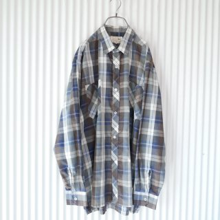 <img class='new_mark_img1' src='https://img.shop-pro.jp/img/new/icons13.gif' style='border:none;display:inline;margin:0px;padding:0px;width:auto;' />DaDi Antique check shirt