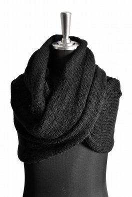 First Aid To The Injured  Soleus Knit Snood / Black