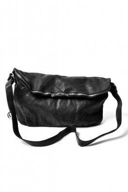 <img class='new_mark_img1' src='//img.shop-pro.jp/img/new/icons8.gif' style='border:none;display:inline;margin:0px;padding:0px;width:auto;' />incarnation Buffalo Leather 3WAY Shoulder Bag