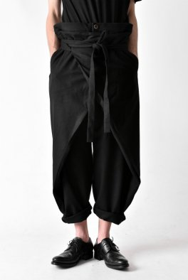 <img class='new_mark_img1' src='https://img.shop-pro.jp/img/new/icons23.gif' style='border:none;display:inline;margin:0px;padding:0px;width:auto;' />individual sentiments Stretch flannnel Wrap Trousers