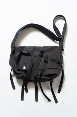 The Viridi-anne×MM Schoeller® Messenger Bag