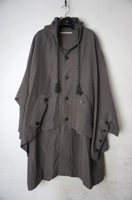 <img class='new_mark_img1' src='https://img.shop-pro.jp/img/new/icons8.gif' style='border:none;display:inline;margin:0px;padding:0px;width:auto;' />vital Poncho Layered Hoodie Coat
