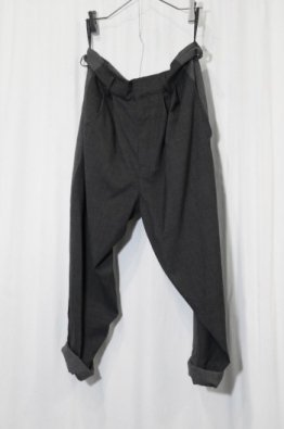 <img class='new_mark_img1' src='https://img.shop-pro.jp/img/new/icons8.gif' style='border:none;display:inline;margin:0px;padding:0px;width:auto;' />nude:masahiko maruyama 2TUCK PANTS with BELT