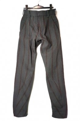 <img class='new_mark_img1' src='https://img.shop-pro.jp/img/new/icons8.gif' style='border:none;display:inline;margin:0px;padding:0px;width:auto;' />DEVOA Anatomical pants wool linen stripe