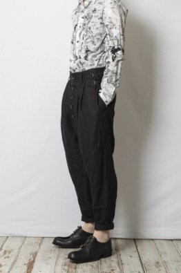 <img class='new_mark_img1' src='https://img.shop-pro.jp/img/new/icons8.gif' style='border:none;display:inline;margin:0px;padding:0px;width:auto;' />nude:masahiko maruyama 2Tuck Hemp Pants