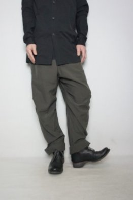 <img class='new_mark_img1' src='https://img.shop-pro.jp/img/new/icons8.gif' style='border:none;display:inline;margin:0px;padding:0px;width:auto;' />DEVOA Baggy Pants Silk / Cotton