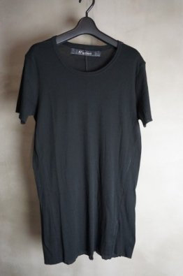A.F ARTEFACT Over lock Tee
