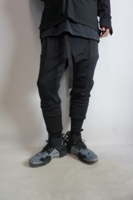 <img class='new_mark_img1' src='https://img.shop-pro.jp/img/new/icons8.gif' style='border:none;display:inline;margin:0px;padding:0px;width:auto;' />The Viridi-anne cotton nylon tactical pants