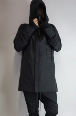<img class='new_mark_img1' src='https://img.shop-pro.jp/img/new/icons8.gif' style='border:none;display:inline;margin:0px;padding:0px;width:auto;' />A.F ARTEFACT Big Hoodie Blouson