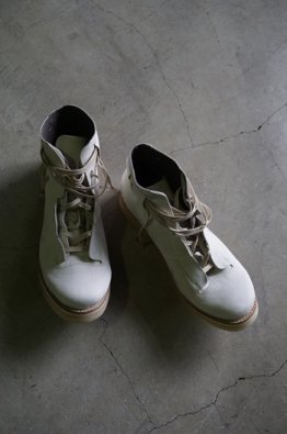<img class='new_mark_img1' src='https://img.shop-pro.jp/img/new/icons8.gif' style='border:none;display:inline;margin:0px;padding:0px;width:auto;' />DEVOA Ankle boots