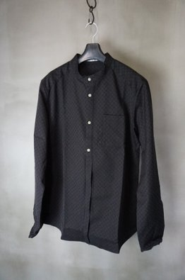 <img class='new_mark_img1' src='https://img.shop-pro.jp/img/new/icons8.gif' style='border:none;display:inline;margin:0px;padding:0px;width:auto;' />individual sentiments Dobby cotton Band collar Shirt