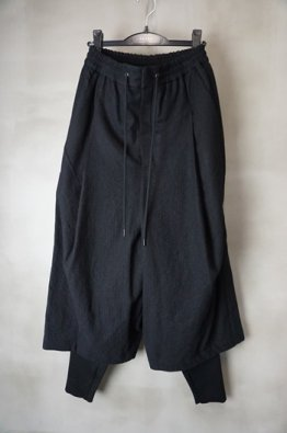 <img class='new_mark_img1' src='https://img.shop-pro.jp/img/new/icons8.gif' style='border:none;display:inline;margin:0px;padding:0px;width:auto;' />DEVOA Layerd pants Virgin wool Stripe