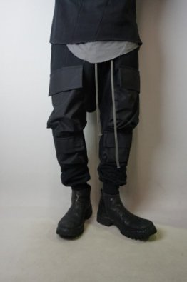<img class='new_mark_img1' src='https://img.shop-pro.jp/img/new/icons8.gif' style='border:none;display:inline;margin:0px;padding:0px;width:auto;' />A.F ARTEFACT  Combi Military  Sarrouel Pants