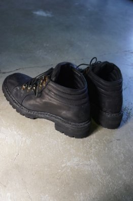 <img class='new_mark_img1' src='https://img.shop-pro.jp/img/new/icons8.gif' style='border:none;display:inline;margin:0px;padding:0px;width:auto;' />incarnation Horse Leather Trekking Lined Vibram Soles Goodyear Welt