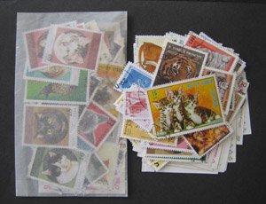ネコ科の切手・パケット・約100枚(ライオン・トラもあり)