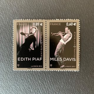 フランスの切手・マイケルデイビスとエディットピアフ・2012(2)セルフ糊