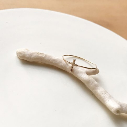 Sylph Ring Cross