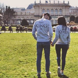 KING & QUEEN tops