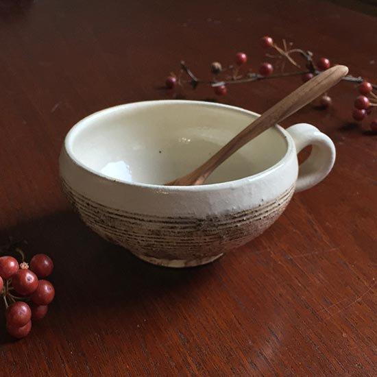 スープカップ手付丸 渕荒横彫 / 古谷製陶所