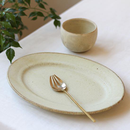 リムオーバル皿 黄粉引 / 佐藤敬