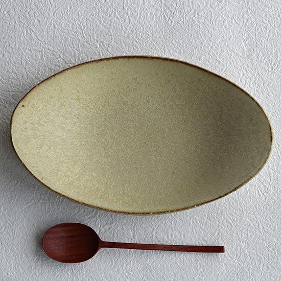 楕円平鉢 黄粉引 / 佐藤敬