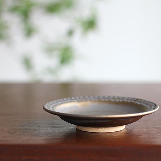 4寸葉紋皿 マンガン釉 / 市野耕