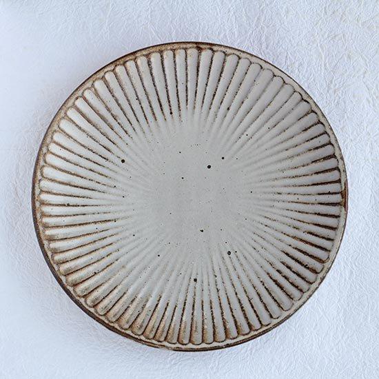 しのぎ皿7寸 / 粕谷修朗