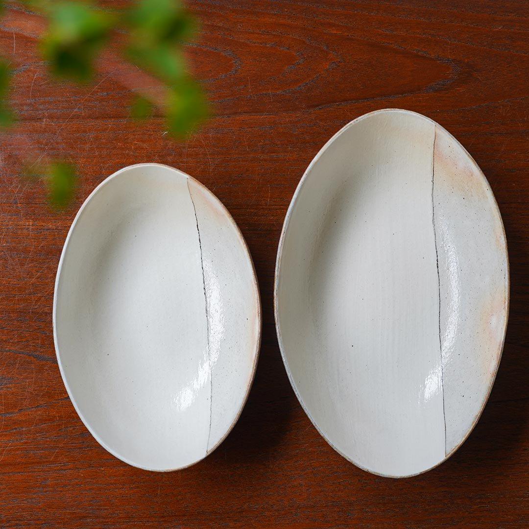 オーバル深鉢 荒鉄線 中 / 古谷製陶所