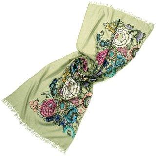 S-WTA0968_0062_LIGHT GREEN カタログ掲載【MAGICAL DREAMS】 薄手ウール・シルク アリー手刺繍ストール