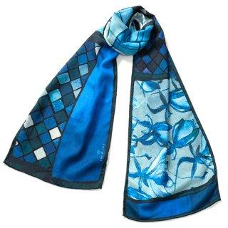 S-SWP0094_0001_BLUE 薄手ウール・シルク オリジナルプリント幅細ストール