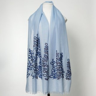 S-WTA2000_0002_LIGHT BLUE 【SAFARI DANCE】薄手ウール・シルク リーフ柄 アリー手刺繍ストール