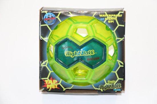 光るサッカーボール LED内蔵