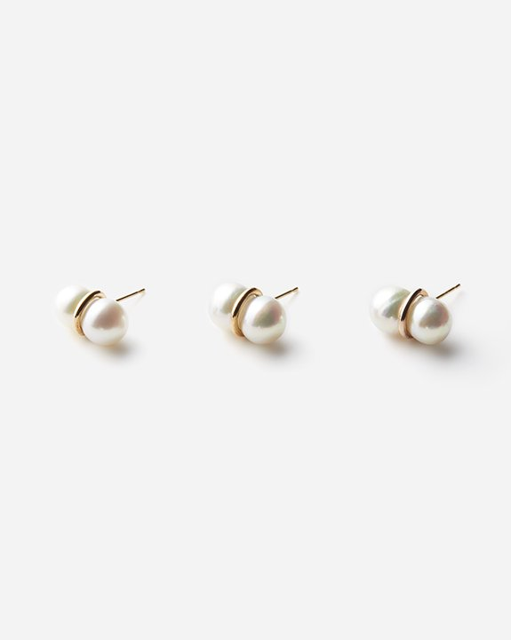 Twin Pearl Earring(single)size:L<img class='new_mark_img2' src='https://img.shop-pro.jp/img/new/icons8.gif' style='border:none;display:inline;margin:0px;padding:0px;width:auto;' />