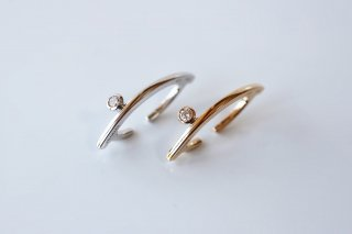 Bow Ear Cuff onediamond