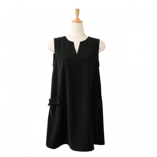 ブラックドレス 美シルエット