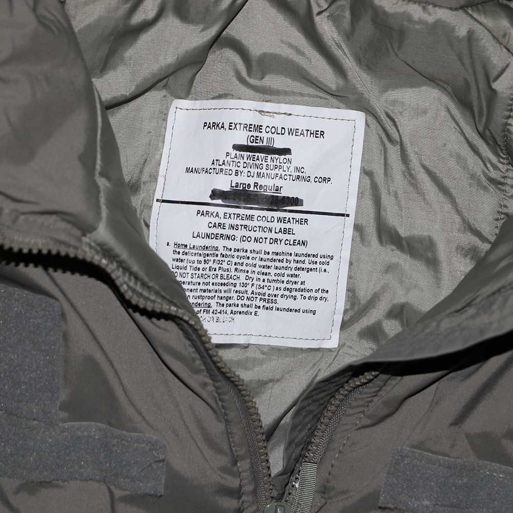 w-means(ダブルミーンズ) アメリカ軍 米軍 EXTREME COLD WEATHER GEN3 「APCU PARKA」Level7 表記L-R ストーングレー 詳細画像3