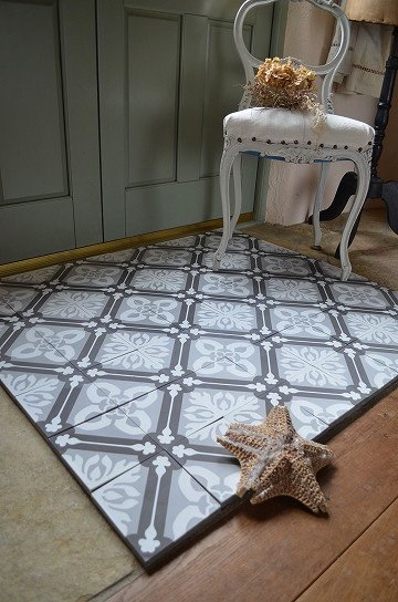 アンティークタイル e 14センチタイル セメントタイル 輸入タイル 古材 フランスタイル シャビーな床材 フロアータイル 通販2